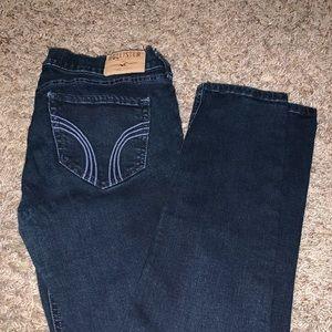Hollister Dark Wash Jeans. Size 5